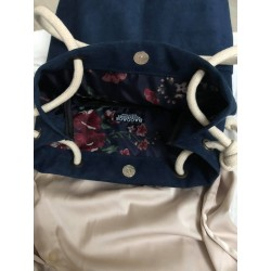 Navy bag with pockets