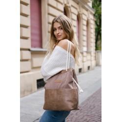 Brown handbag with pockets
