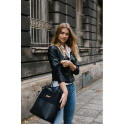 Black handbag with pockets