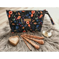 LARGE BEAUTICIAN PATTERN IN POUCH
